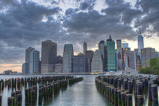 Downtown Manhattan by Zev Steinhardt