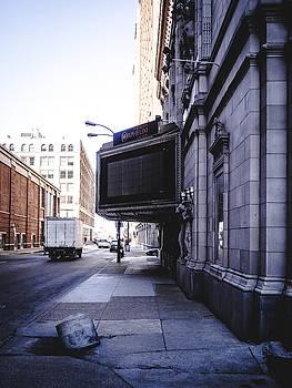 Downtown Saint Louis Street Photo by Dylan Murphy