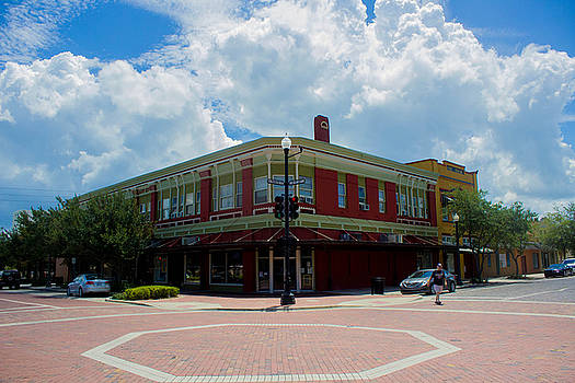 Downtown Sanford, Fl by Patti Colston