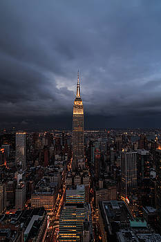 Drama in the city  by Anthony Fields