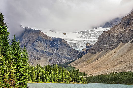 Dramatic landscape at Bow lake by Daniela Constantinescu