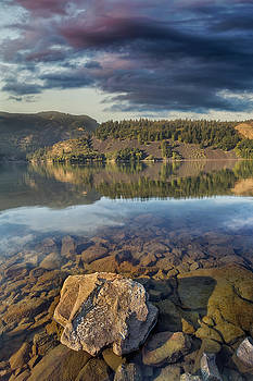 Drano Lake in Washington State by David Gn