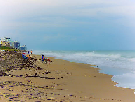 Dreamy Day On The Beach by Marilyn Holkham