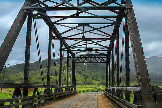 Driving Over Hanalei Bridge by Bonnie Follett