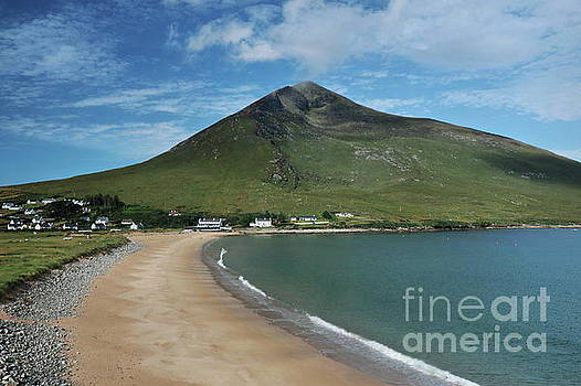 Dugort beach Achill by Peter Skelton