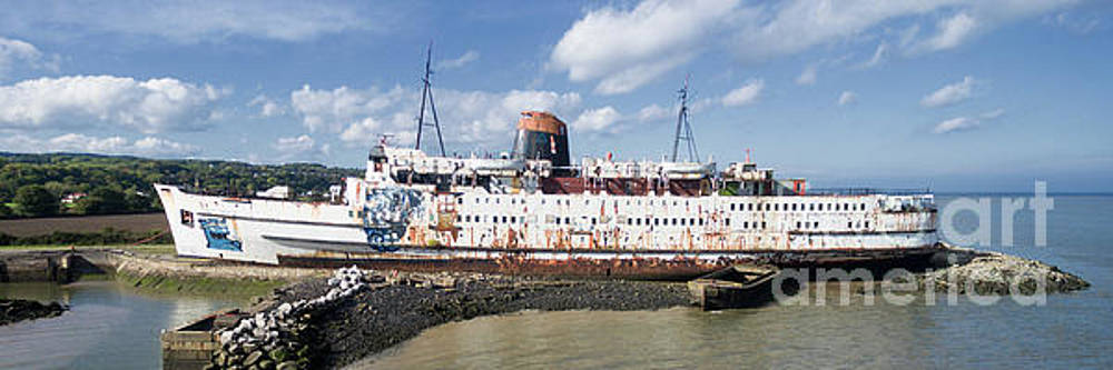 Duke of Lancaster 3 pano by Steev Stamford