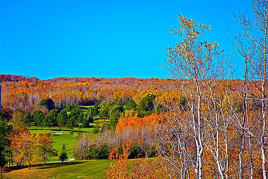 Robert Meyers-Lussier - Duluth Golf in Autumn