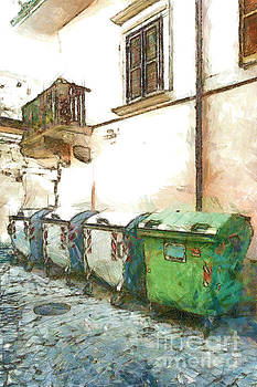 Dumpster of garbage by Giuseppe Cocco
