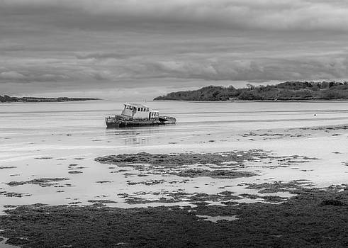 Dundrum The Old Boat Wreck by Glen Sumner