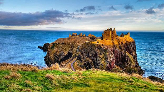 Dunnottar Castle by Richard Gehlbach