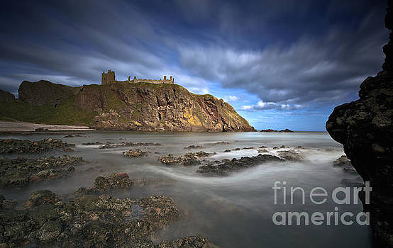Dunnottar Castle by Roddy Atkinson