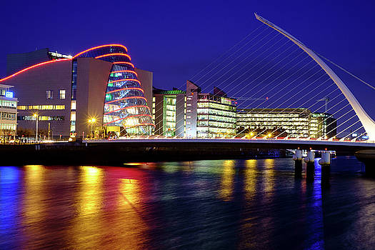 Dusk in Dublin by Jose Maciel