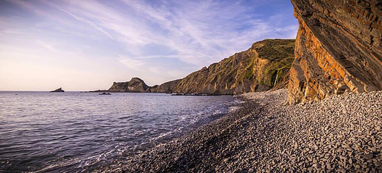 Stewart Scott - Dusk on the rocky shore