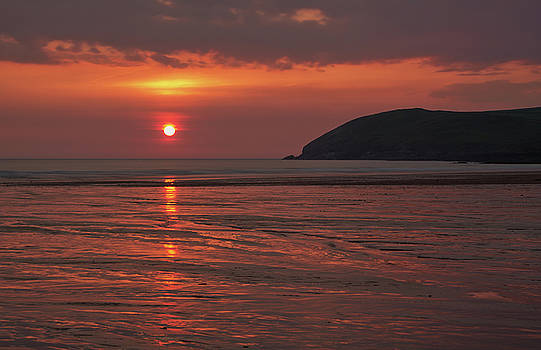 Early Summer on Croyde Beach in N Devon by Pete Hemington