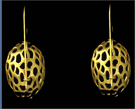 Earring by Deepti Pant