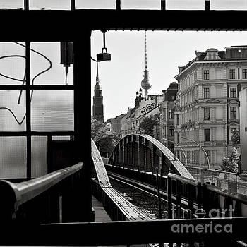 East Berlin Sound  by Silva Wischeropp