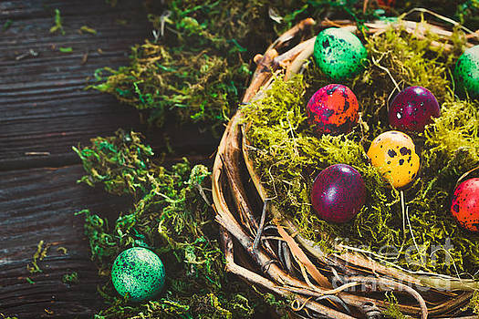 Mythja Photography - Easter on wood