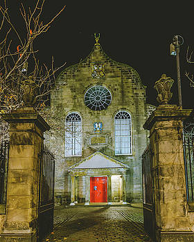 Jacek Wojnarowski - Edinburgh Canongate Kirk by night Entrance