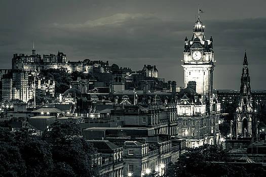 Edinburgh in Black and White by Andrew Matwijec