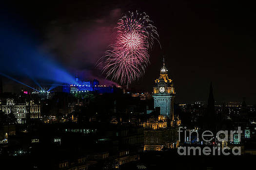 Edinburgh Tattoo by John Howie