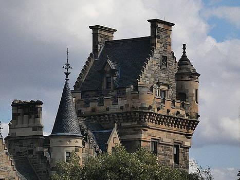 Edinburgh University 'Digs' by Nik Watt
