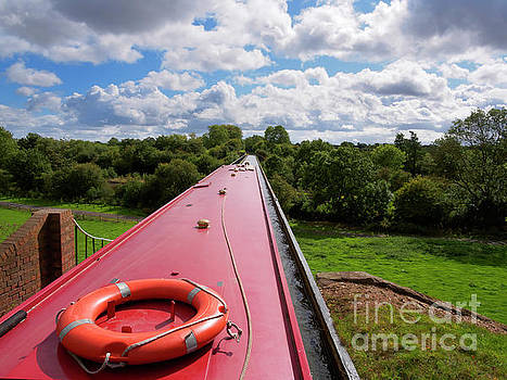 Edstone Aqueduct on the Stratford on Avon Canal by Louise Heusinkveld