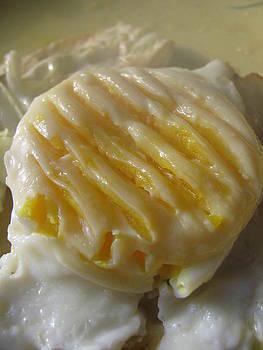 Eggs 101 by Lindie Racz