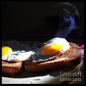 Frank J Casella - Eggstremely Hot .... No Yoke