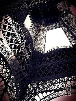 Lauren Williamson - Eiffel