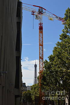 Eiffel Tower Crane by Andy Thompson