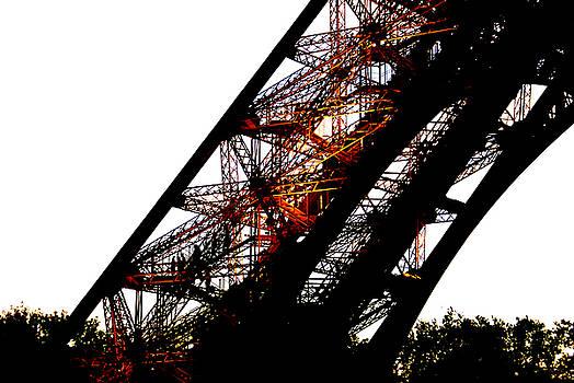 Eiffel Tower Element by Leonard Rosenfield