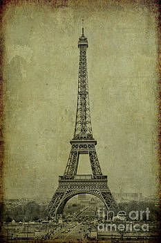 Eiffel Tower by Erika Weber