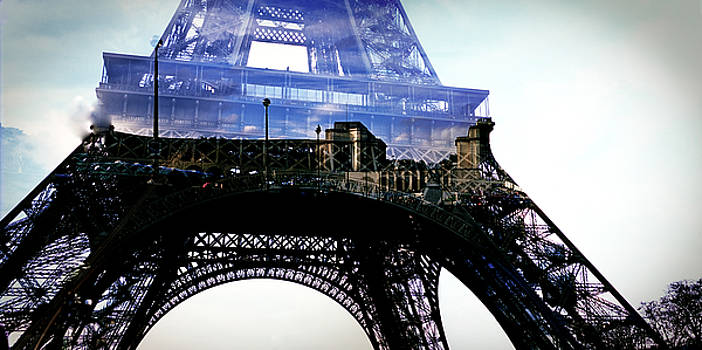 Cyril Jayant - Eiffel Tower in Panoramic View.