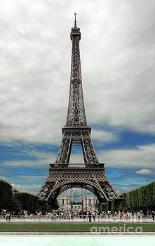 Gregory Dyer - Eiffel Tower Paris France