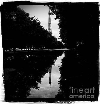 Cyril Jayant - Eiffel Tower - reflection