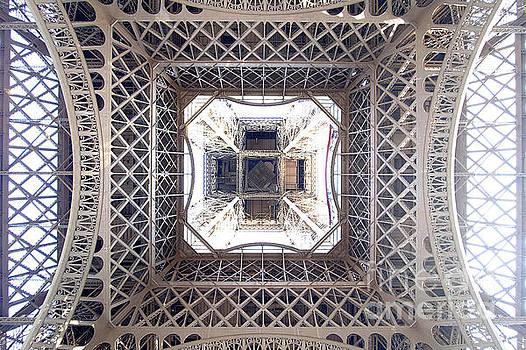 Eiffel Underbelly by Floyd Menezes