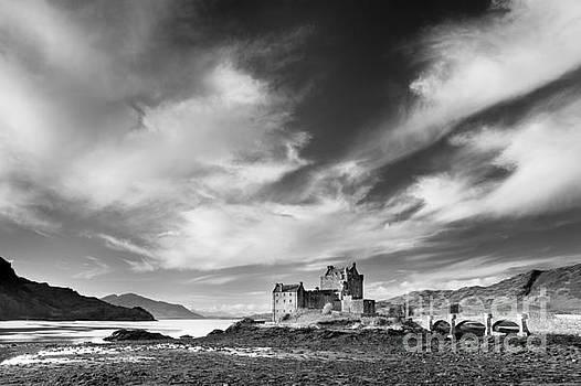 Eilean Donan Castle, Highlands, Scotland. by Justin Foulkes