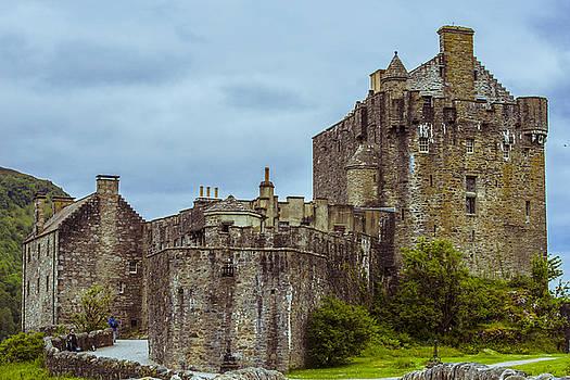 Eilean Donan Castle II by Steven Ainsworth