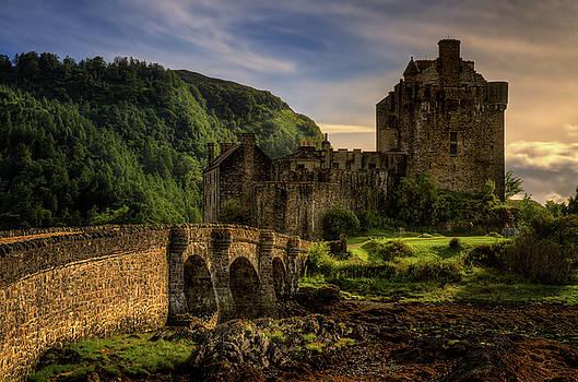 Eilean Donan Castle by Swen Stroop
