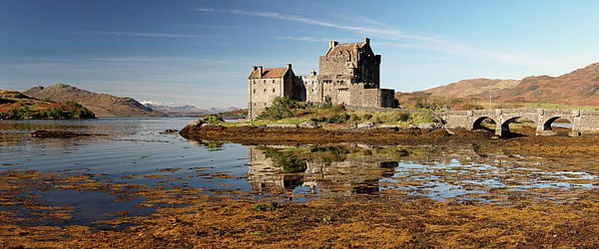 Eilean Donan Scotland by Grant Glendinning