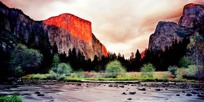 El Cap and the Merced by Nick Borelli