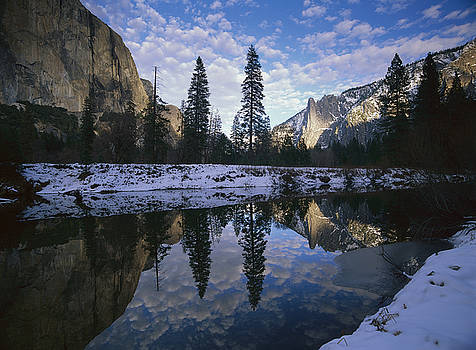 Tim Fitzharris - El Capitan and the Merced River