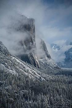 Rick Strobaugh - El Capitan in Clouds