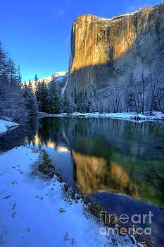 El Capitan Winter Yosemite National Park by Wayne Moran