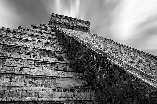 El Castillo in Chichen Itza by Daniela Constantinescu