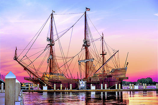 El Galeon at sunset by Stacey Sather