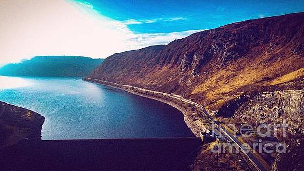 Elan Valley Dam by Owen Hunte