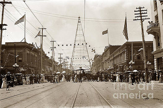 California Views Mr Pat Hathaway Archives - Electric Light Tower wa at the intersection of Market and Santa Clara Streets in San Jose from 1881