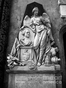 Lexa Harpell - Elegant Carved Statues 1