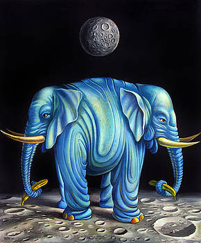 Elephant by Valentin Rusin